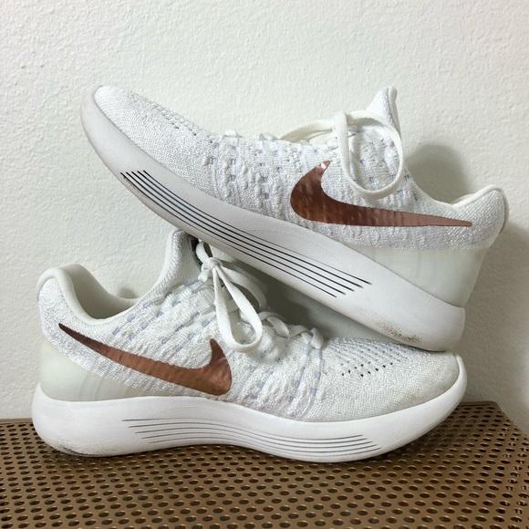 4e37e0a15ea51 Nike LunarEpic Low Flyknit 2 X-Plore White/Gold